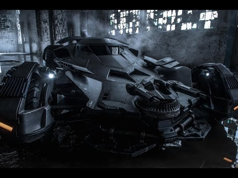 AMC Movie Talk - Zack Snyder Reveals Batmobile Image, Orlando Bloom May Return for PIRATES 5