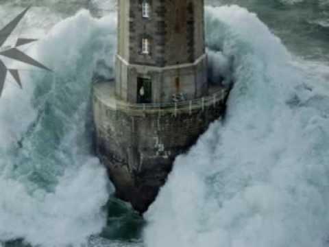 Tempestad en el Faro de la JUMENT Breta�a Francesa