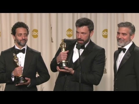 Raw: Affleck, Clooney, Heslov crack jokes during Oscar Q&A