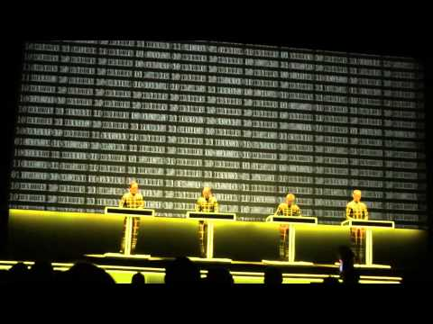Kraftwerk-Numbers/Computer World (Live At The Tate Modern London 09/02/2013)