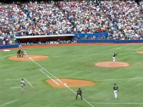 Roy Halladay pitches a complete game Video