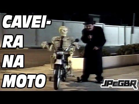 Pegadinha Caveira na Moto - Silvio Santos