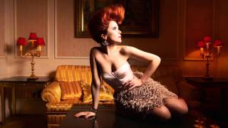 Watch Paloma Faith I Just Wait video