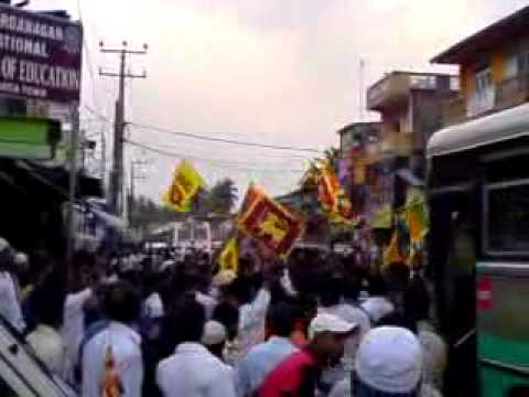Sri Lanka is now completely free from LTTE Terrorism. Dharga Town people cellebrating...
