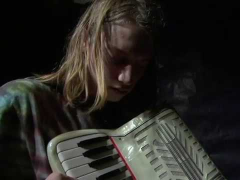 A #SMARTS2005 art house film starring SMARTS' first and final lonely accordian player, Benjamin Seagrave. http://SMARTSCollab.org.