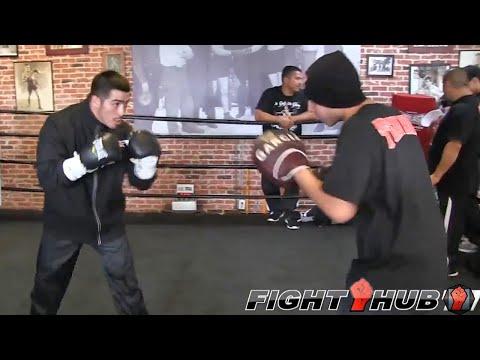 Brandon Rios vs Mike Alvarado 2 Rios Full Mitt Workout HD uncut