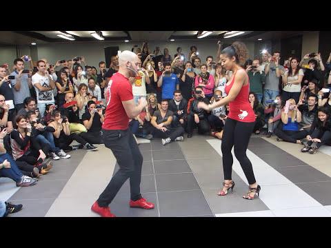 ATACA Y LA ALEMANA TALLER EN EL FESTIVAL INTERNACIONAL CON SENTIMIENTO DE MADRID 06 12 2013