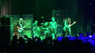 "Dinosaur Jr Do ""T.V. Eye"" with John Brannon!"