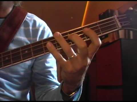 Bass Tutorial by Gigu Part 1: Afrocuban Cmaj7 ionian