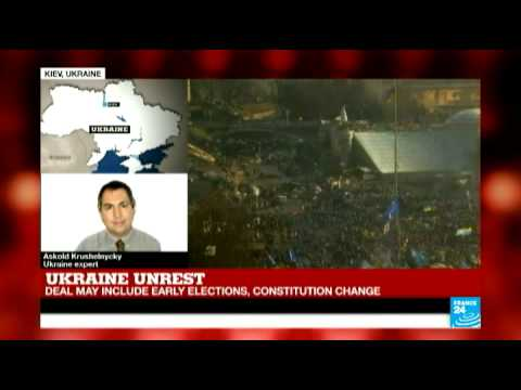 Ukraine unrest: deal may include early elections and constitution change