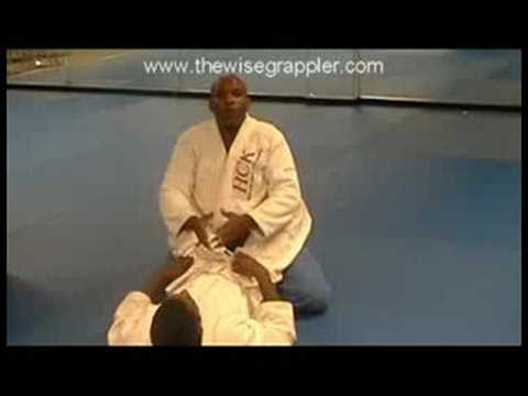 Brazilian Jiu Jitsu - 6 BJJ Closed Guard Defense Tip (Tip #1) Image 1