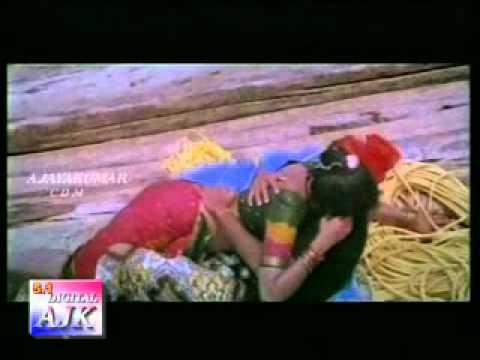 Adukku Malli  Eduthu Vanthu Thotuthu Vacha Mane-aavaram poo....