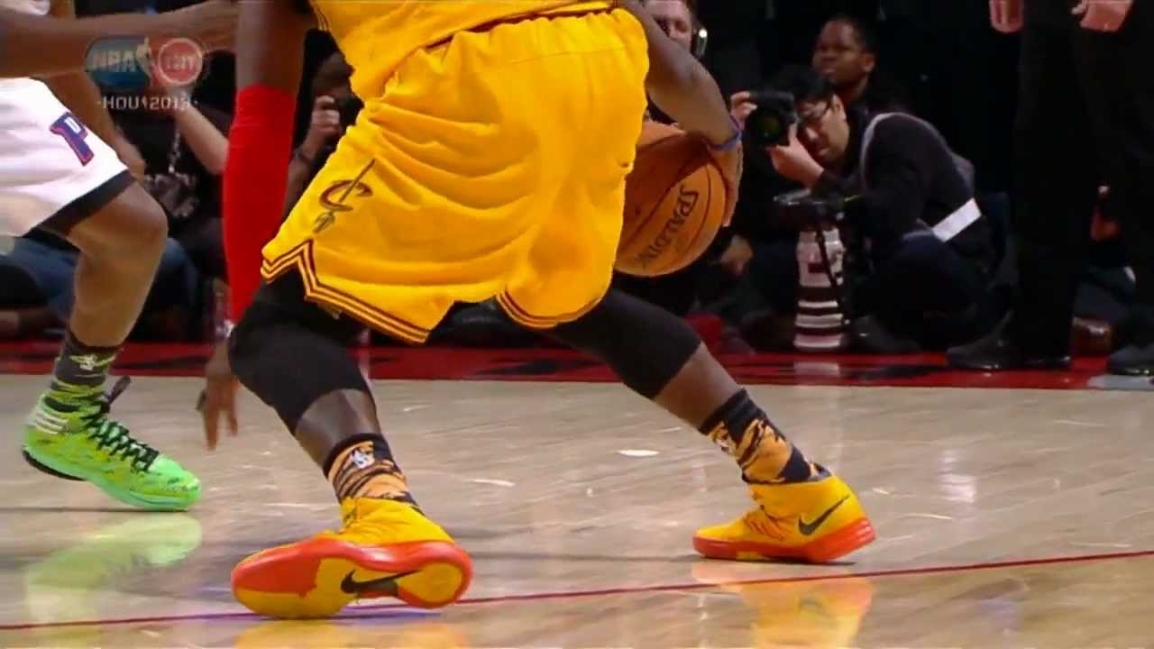 Kyrie Irving s ankle b...