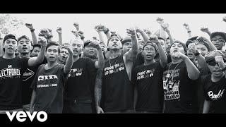Download Lagu Superman Is Dead - Batas Cahaya (Music Video) Gratis STAFABAND