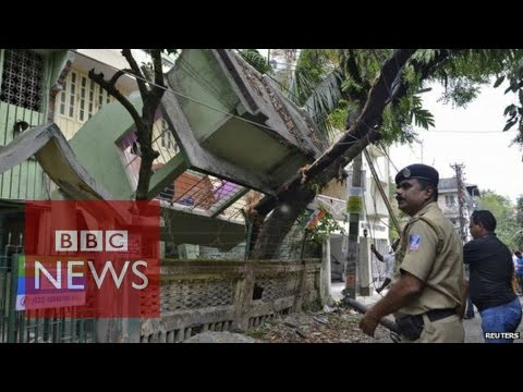 Moment Nepal earthquake hit - BBC News