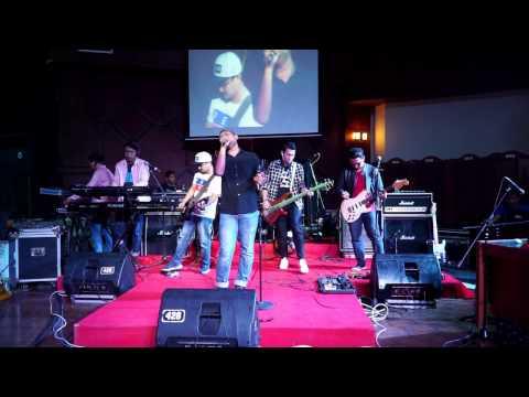 download lagu Mining Band - Andaikan Kau Datang Kembal gratis