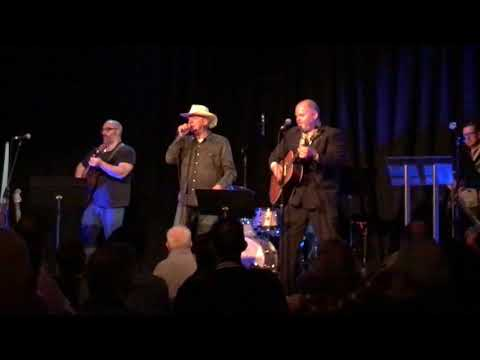 Black Dog Blues - Russell Morris with Shannon Bourne & Casey Bennetto on