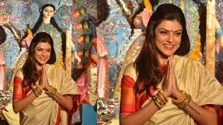 Sushmita Sen Seeks Blessings Of  Maa Durga In Mumbai - Durga Puja 2014