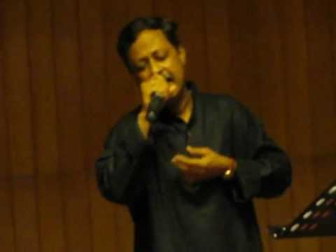 Niraj Roy at Habitat Center, Delhi 29th July,2012 Song 2