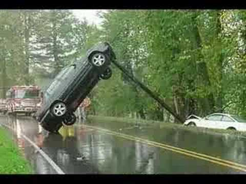 Funny and Unusual Car Accidents
