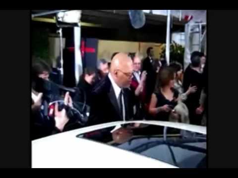 300 Celebrities sign Chrysler 300C for Haiti Relief Effort the 2010 Golden Globe Awards