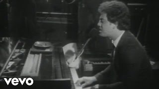 Watch Billy Joel Say Goodbye To Hollywood video