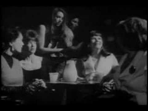 Faces [CASSAVETES] - Night club