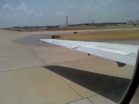 Delta DC 9 Landing at Memphis International Airport