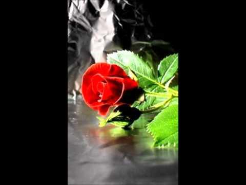 Vinnaithandi Varuvaya - Unreleased theme song