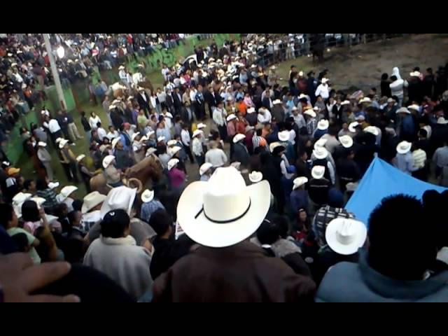 Pleito en el Jaripeo de San Miguel Ajusco D.F 6 Oct 2012