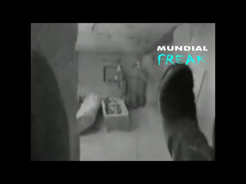 Tumba extraterrestre en Egipto