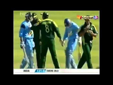 Fight between  Rahul Dravid Vs Shoaib Akhtar