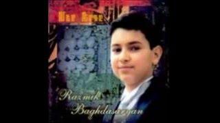 Download Lagu Razmik Baghdasaryan-Karmir vardi aln em sirum Gratis STAFABAND