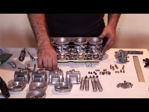 Motorcycle Mikuni CV Carburetor Cleaning for Suzuki. Honda. Yamaha Tutorial