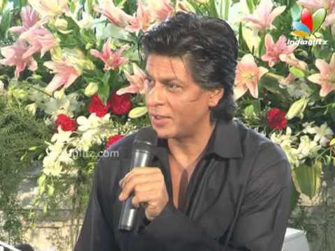Shahrukh Celebrates Eid With Family, Fans & Media   Bollywood Movie   Chennai Express, Rohit Shetty