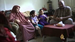 بثينة وعلا .. طفلتان نجتا من قصف أمام منزلهما
