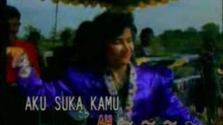 Download Lagu Ona Sutra - Asam Di Gunung Garam Dilaut Gratis STAFABAND