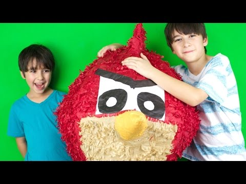 Giant Angry Bird Surprise! - Wow! video