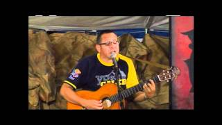 "Pr. Homero Salazar - Canta ""Revive"""