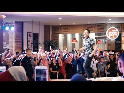 Meriahnya NGABUBURIT Bareng Artis JAZ HAYAT || Lippo Mall Jogja Part 2/3