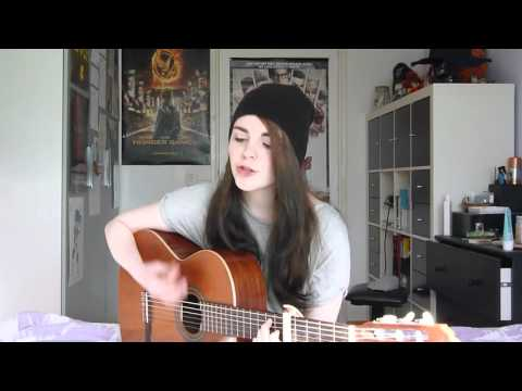 Kiss With a Fist - Florence + the Machine (Cover by Iris van de Winkel)