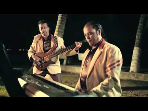 Pequeños Musical en firma de autógrafos - Mixup Plaza Ciudad Jardín