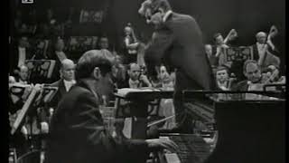 Glenn Gould  Bernstein - Bach piano concerto 1 (live performance)