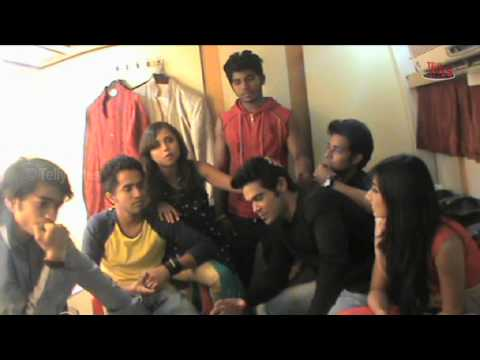 RANDOM BYTES with Dil Dosti Dance gang