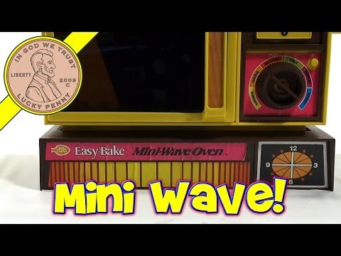 1978 Betty Crocker Easy Bake Mini Wave Oven. Kenner Toys - Brownies & Sugar Buttons!