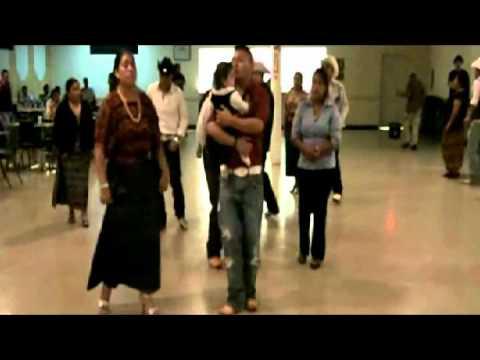 marimba flor maya tocando el 17 de septiembre celebrando la independencia