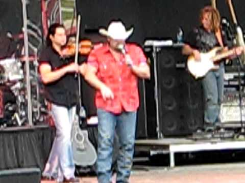 Chris Cagle - No Love Songs