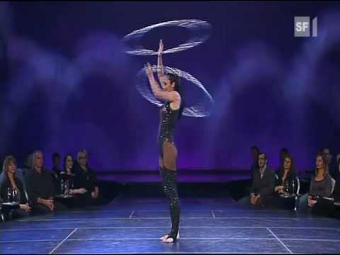 The Best hula hoop act.