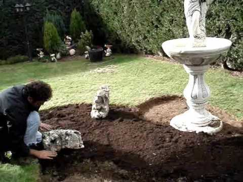 Dise o e implantaci n de rocalla en jard n de la ciudad de for Jardineria leon