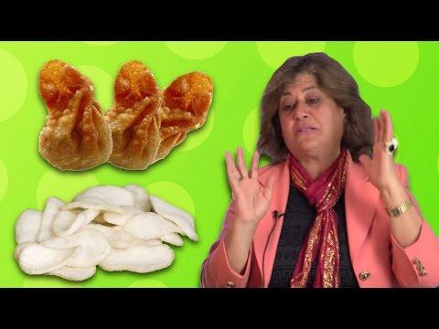 Teyzeler İlk Kez Çin Yemeklerini Tadıyor